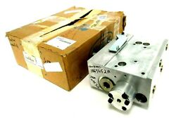 New Nordson 1064652a Heater Manifold Sc50-11.25