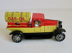Retro Tin Gas Oil Tanker Wind Up Toy Truck Pick Up Gasoline Fuel Station Nib Nos