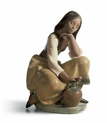 Lladro Classic Water Carrier Woman Figurine 01013525
