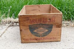 Vintage Searchlight Diamond Brand Matches Dove Tailed Wood Shipping Crate Box