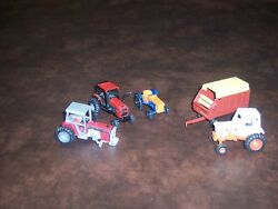 Ertl - Play Art - Vintage- Tractor -forage Trailer - 1/64 Scale -lot Of 5 - Used