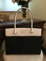 Large Black & White Kate Spade Tote Excellent Condition.