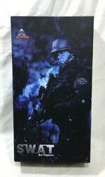 La Police Dept S.w.a.t 1/6 Rank B art Figures Japanese Import Boxed New