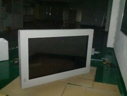 New 32 Inch Vertical Lcd Advertising Monitor