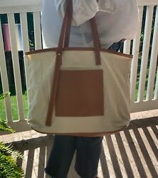 Super Fashionable Canvas and Vegan Leather Tote Bag Luxury Design $7.99