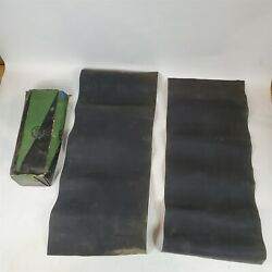 32-39 Plymouth Cars Front Fender Lining Pads Dpcd 656902 Nos