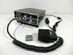 Vintage Robyn Tr-123c Mobile 2 Way Cb Radio With Mic And Bracket - 1972