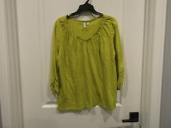 New W/out Tags Relativity Womens L 3/4 Sleeve V-neck Top Lime Green