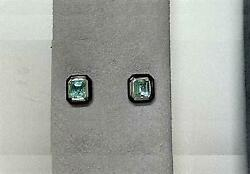Sale Nwt 5500 Rare 18kt Gold Gorgeous Black Agate And Emerald Earrings Studs