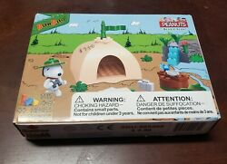 BanBao Snoopy Beagle Scout Tent Block Set #7517 Peanuts Buildable Lego