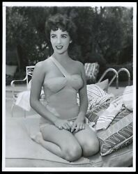 Elizabeth Taylor 1955 Swimsuit By The Pool Exquisite Type 1 Original Photo