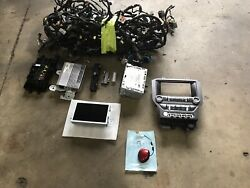2015-2017 Ford Mustang Gt Oem Navigation Gps Screen Stereo Ac Control Panel