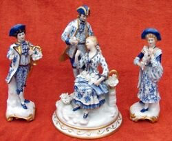 10 1/2 Blue White Gold Porcelain Floral Colonial Figurines Made Italy 3 Pieces