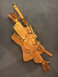 Vintage Western saddle for Breyer Horse Models. 1980s.