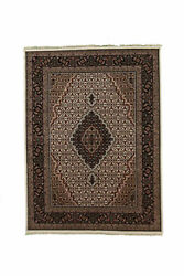 Hand-made 5and0391and039 X 6and03910and039 Mahi Tabris Fine Hand-knotted Wool 5x8 Area Rug