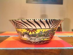 Large Penza Zimbabwe Handmade And Painted Serving Bowl By Shuva. 14 Wide 9 De