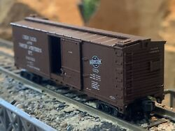 N Scale Atlas Double Sheathed Box Car W/sliding Doors Cnw Chicago North Western