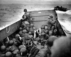 US Soldiers Landing Craft approach Omaha Beach on D Day WWII WW2 Photo 658 $6.95
