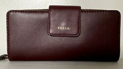 New Fossil Madison zip clutch wristlet Leather wallet Claret Red $59.00