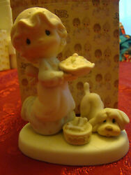 Precious Moments quot;Dropping Over For Christmasquot; E 2375 dog pie girl Enesco 1982 $9.95