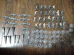 Cast Iron Lead Metal Vintage Military Toy Soldiers Army Men Lot