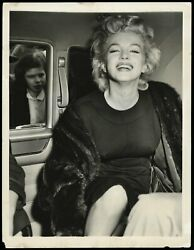 Marilyn Monroe 1956 Candid Shot Nyc Type 1 Original Photo Psa/dna Crystal Clear