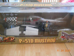 21st Century Toys Ultimate Soldier Wwii 1/18 P-51d Mustang Airplane. Nos