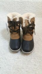 New cute Women HICKORY bear paws Pawz Duck boots size 8 Gina Faux leather $35.00