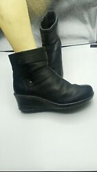 Women's size 8.5 KEEN 'Kate' leather wedge boots $59.99