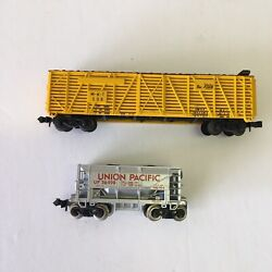 N Scale Lot Of 2 Cars Atlas Vtg Freight Caboose A8