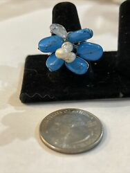 Costume Jewelry Silver Colored Band W/turquoise And White To Make A Flower.