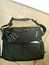 Columbia Outfitter Expandable Messenger Diaper Bag in Black Unisex Dad $8.00