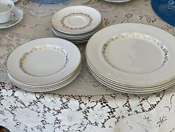 Royal Doulton 'fairfax' 5 Dinner Plates, 5 Salads, 7 Coffee Saucers No Chips