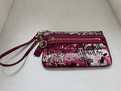 Coach Poppy Wristlet Pink Pre owned Free Shipping $40.00
