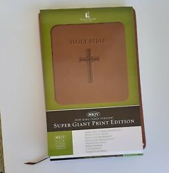 Holy Bible Giant Print New King James Version Leather Thomas Nelson New
