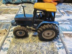 6640 Ford 1/16th Scale Toy Tractor