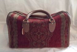 """Very Lightly Used Gevive By Boyt Tapestry """"carpet Bag"""" Overnight, Toiletry Tote"""