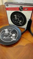 Mickey And Minnie Mouse 1928 Etched Anniversary Decorative 10 Plate Wooden Stand