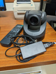 Sony Evi-d70 - Complete With Remote And Power Supply Great Working Condition