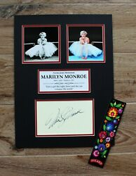 Marylin Monroe The Display With Repro Autograph
