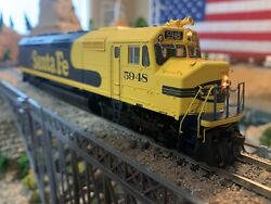 Ho Scale Athearn Genesis Fp45 Santa Fe Dcc Or Dc Classic And Powerful New Wow