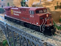 Ho Scale Athearn Ac4400 Dc Or Dcc Diesel Locomotive Cp Canadian Pacific Kadeeand039s