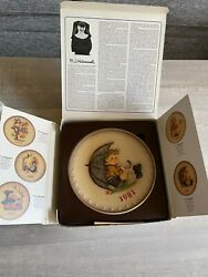 Hummel 11th Annual Plate 1981 Boy With Umbrella W/box. Vintage And Hand Painted