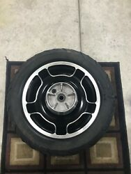 2011 Harley Davidson Street Glide 18 Front And 16 Rear Factory Wheels