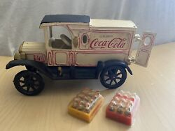 Vintage Cast Iron Drink Coca Cola 1930's Delivery Truck With 1.5 Coke Cases