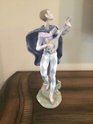 Lladro Serenading Colombina 06322 Spain Large 10.5andrdquo Man With Guitar. Retired