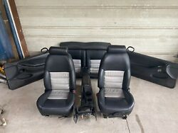 2001 Ford Mustang Gt Black W/silver Inserts Leather Seats W/ Panels And Console