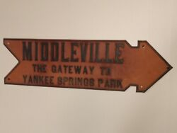 Vintage Advertising Arrow Sign Middleville Yankee Springs Auto Service Station