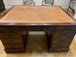 Large Mahogany Leather-top Executive Partnerand039s Desk In Atlanta Area For Pick-up