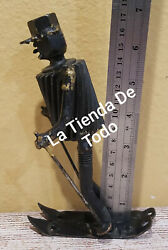 Nuts And Bolts Skier Skiing Ski Metal Heavy Figure Yard Art Paper Weight Read